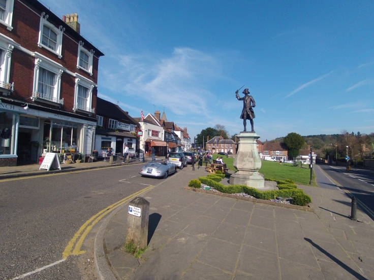 Westerham Surrey to Kent - Cycling to Discover the British countryside - Fabulous Outdoors