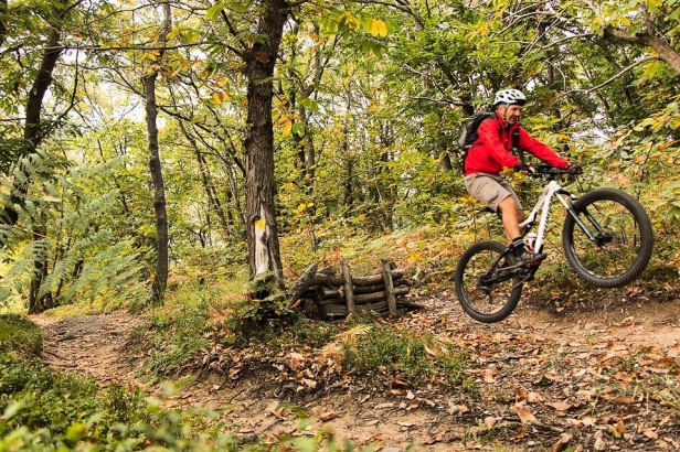 Specialized Stumpjumper 27.5 Plus FSR Mountain Bike Test