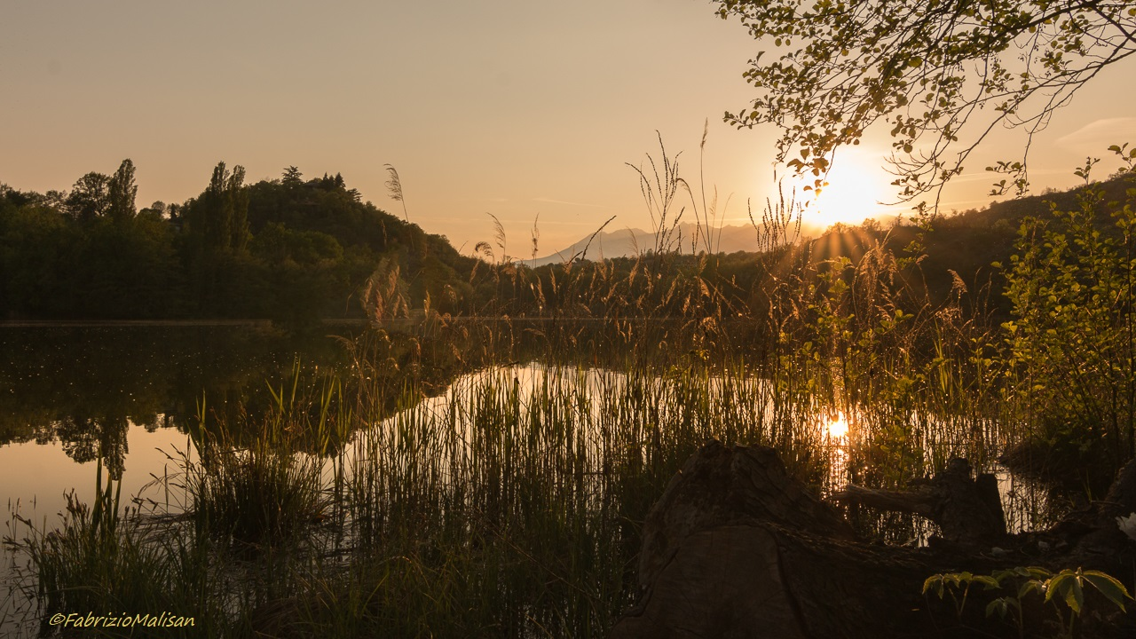 Sunset over the lake = landscape photography Fabulous Outdoors
