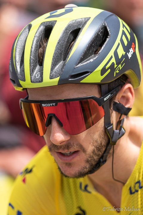 Adam Yates of Team Mitchelton - Scott in Yellow Jersey @FabrizioMalisan